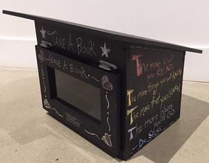 Ll   chalkboard library s300