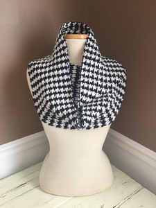 Houndstooth s300